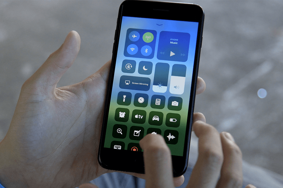 iOS 11 -some cool and weird features of new OS version you need to know